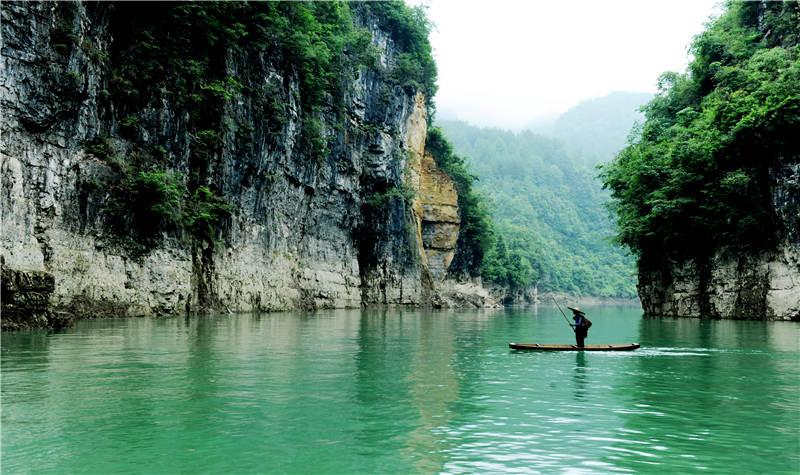 十二背后-贵州清溪峡景区
