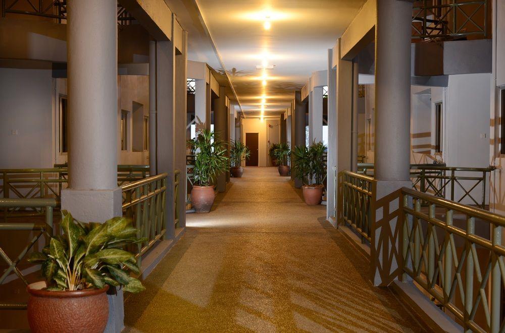 佩达纳海滩度假酒店 (perdana beach resort)