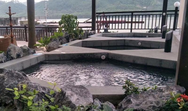 云海碱泉酒店温泉