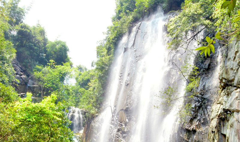 肇庆四会奇石河,看大瀑布一天游