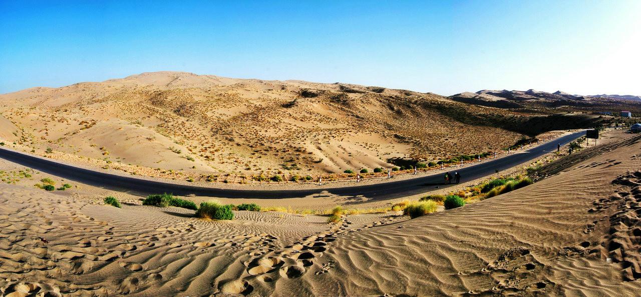 乌鲁木齐 塔克拉玛干沙漠 库尔勒 和田 喀什 红其拉甫双飞9日跟团游