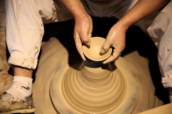 四,在手工作坊,亲历古老的瓷器制作工艺