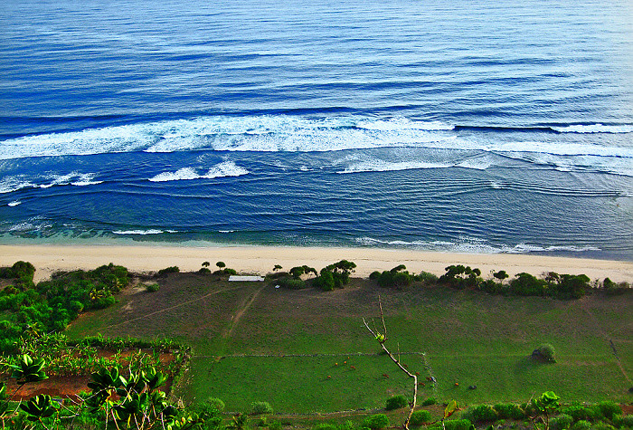 情调巴厘岛之三——乌鲁瓦图情人崖和金巴兰海滩