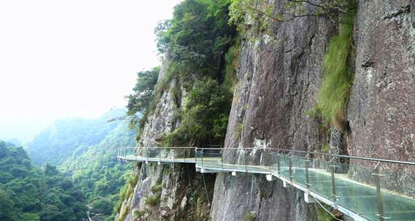 【浪漫福州】 永泰天门山风景区 玻璃栈道 玻璃桥>大巴1日跟团游 福州