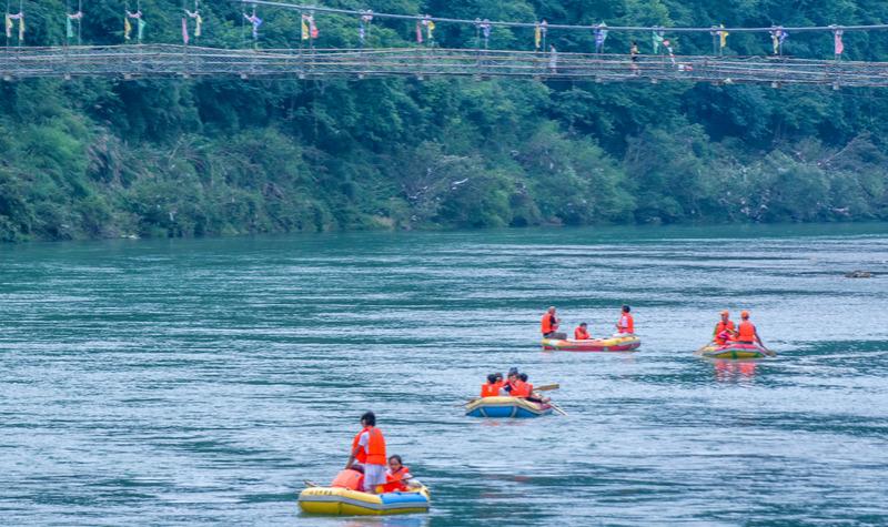 秋浦河漂流