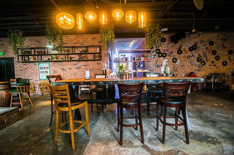 江南风格餐厅设计