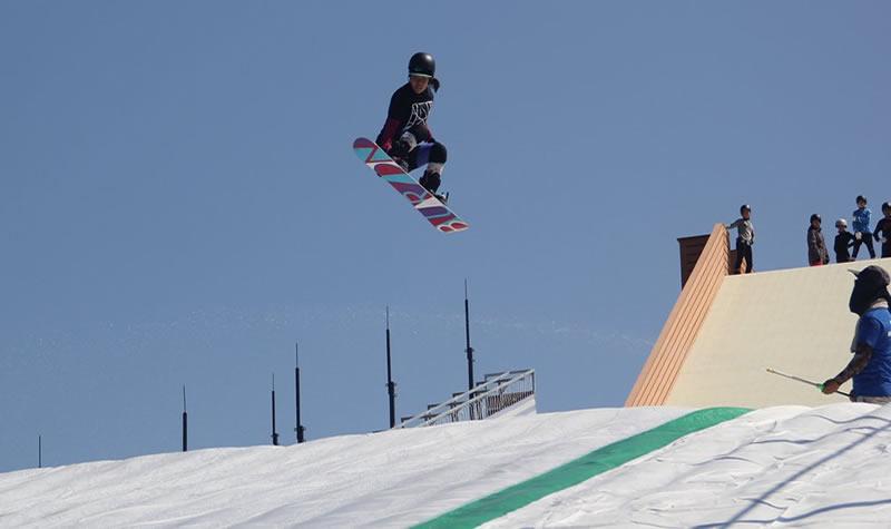 北京奥森尖锋旱雪四季滑雪场