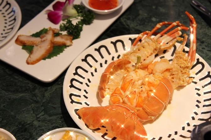 成都,一个重庆妹纸的美食天堂   海鲜拼盘 个人感觉是必点菜品之一吧
