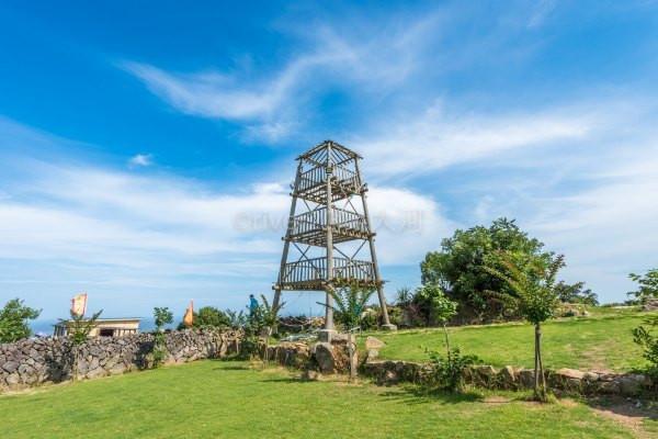 军事地�_600年前的戍边防卫军事重镇,如今成了优美的海滨景区.