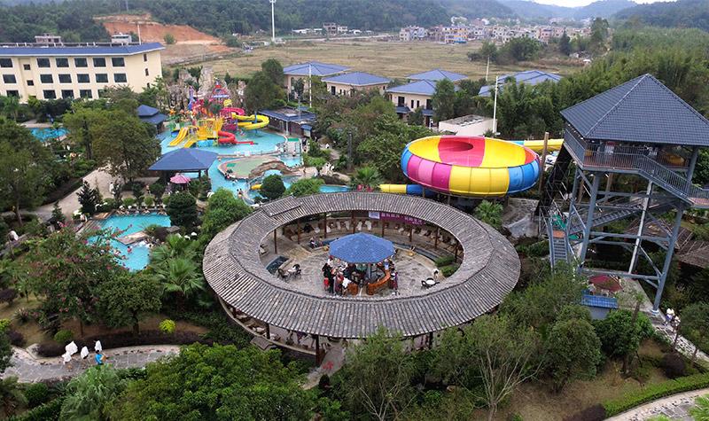 广东 河源 叶园温泉度假酒店 放大地图  群山环绕酒店环境优雅,空气图片