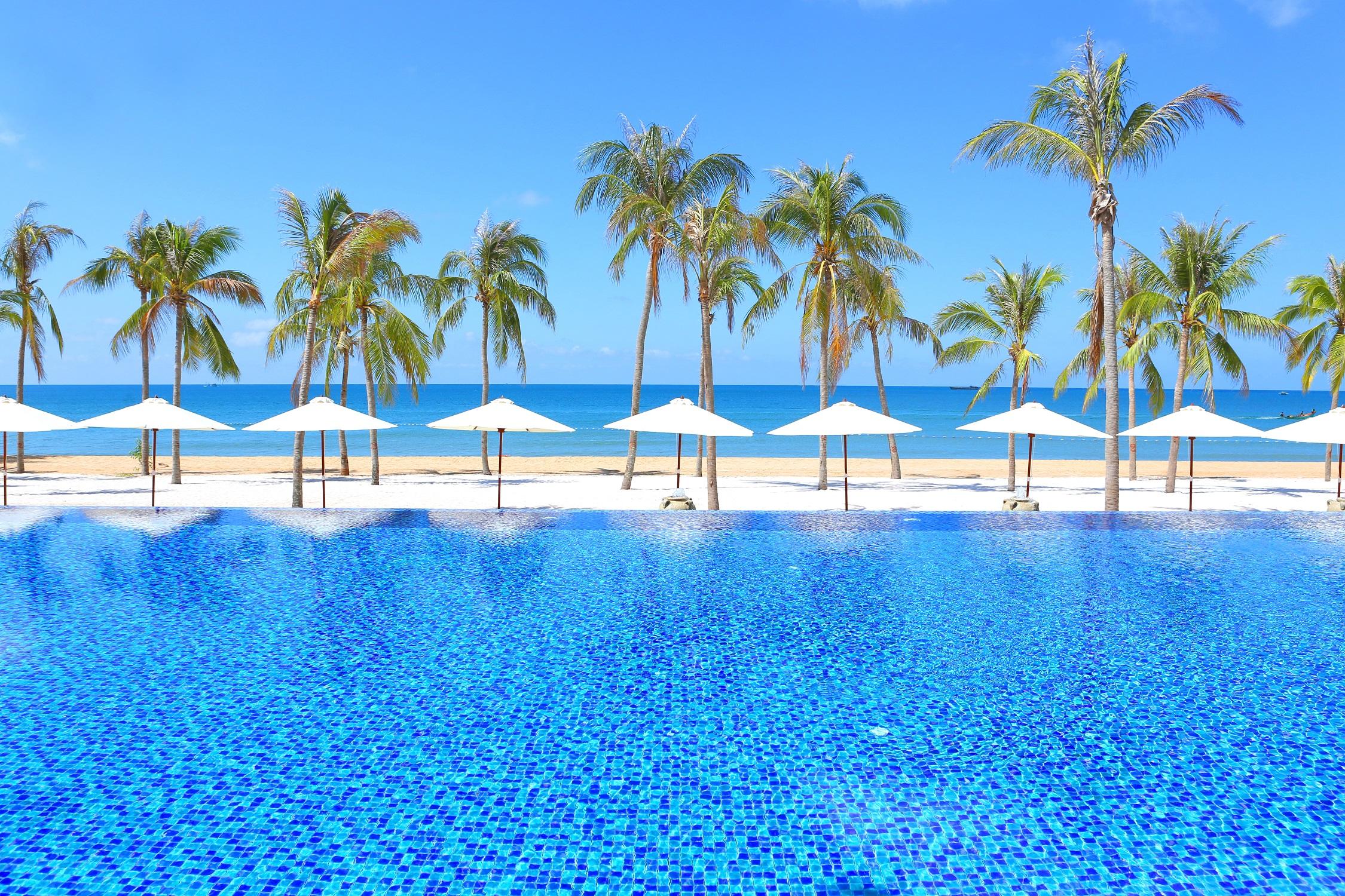 全程入住海边5钻海贝酒店,赠送市区观光巡礼游玩,赠送富国岛特色下午