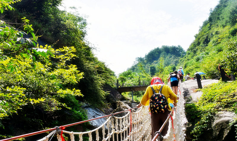 平江碧龙峡旅游景区