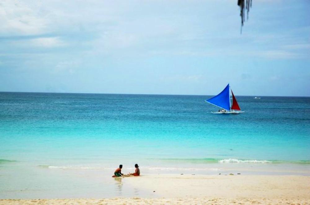 美丽长滩岛,漫步白沙滩图片