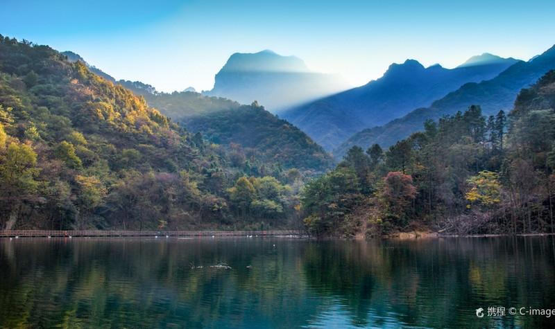 金刚台国家地质公园猫耳峰景区