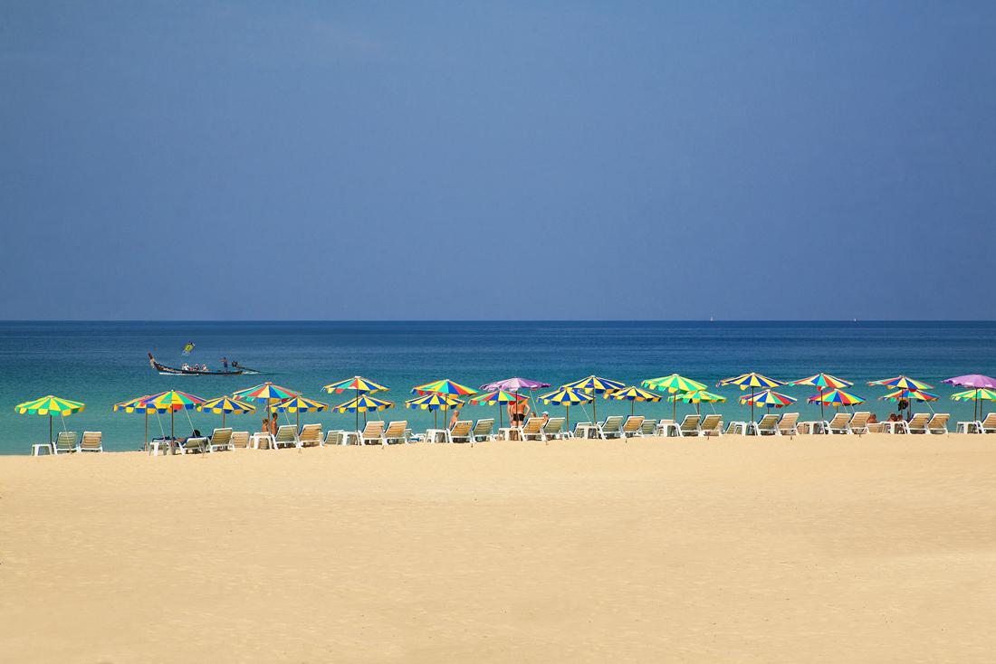 泰国第一大岛普吉岛,是高品位人士首选海岛,一场冲浪节即将举行图片