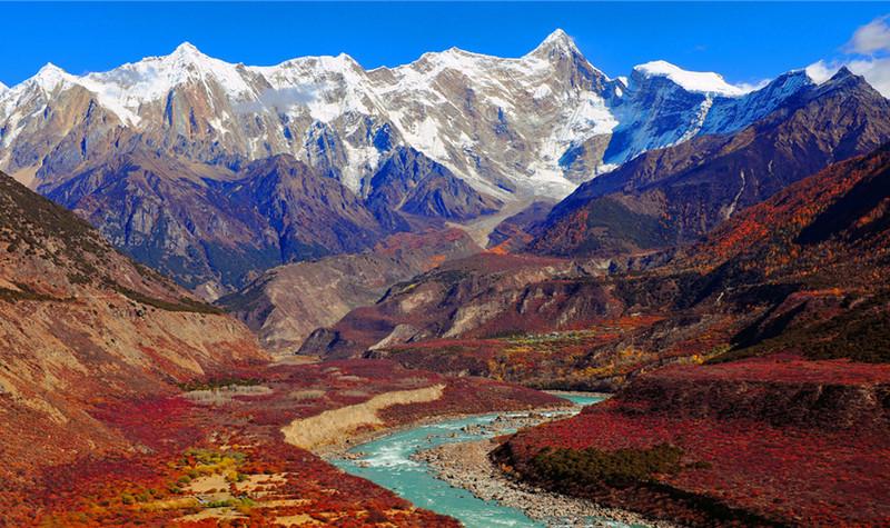 雅鲁藏布大峡谷景区
