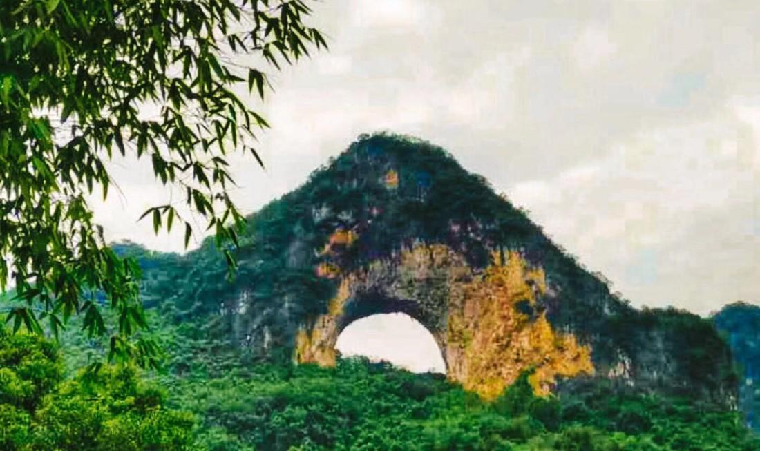桂林漓江风光、银子岩、西街狂欢 汽车三天游