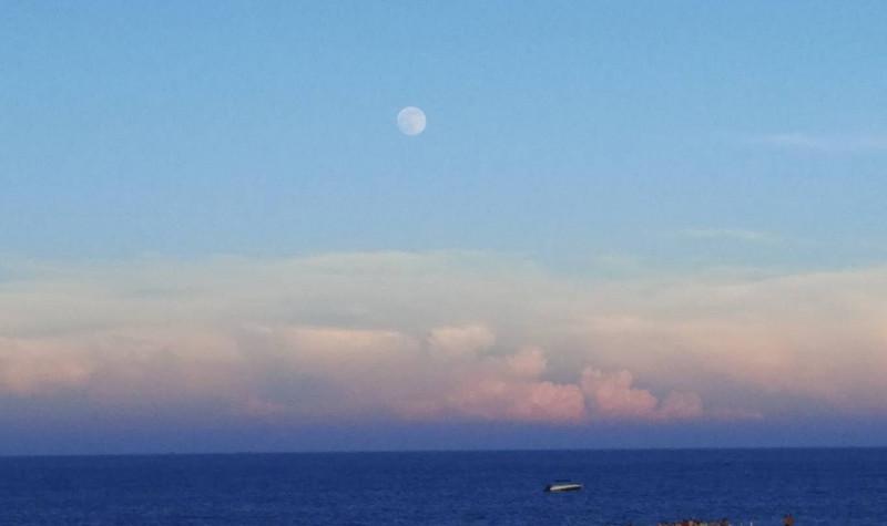 泉州惠安月亮湾沙滩