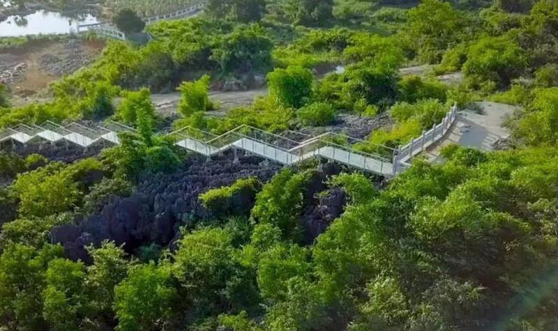 神剑石林景区