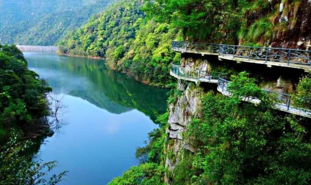 江西龙虎山•圣井山景区