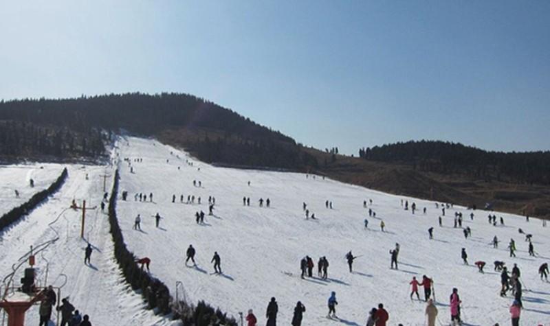 青州驼山滑雪场