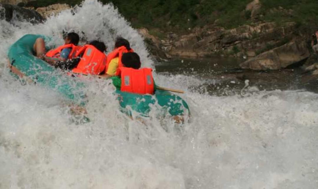兴隆红河漂流