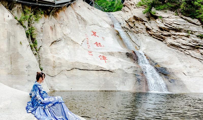 黑龙潭旅游风景区