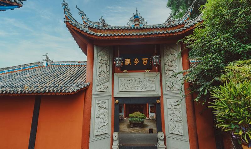暑假南宁到重庆市内游+长江三峡六日游(总统系列)五星邮轮