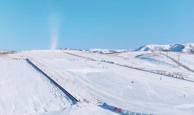 也迷里滑雪场